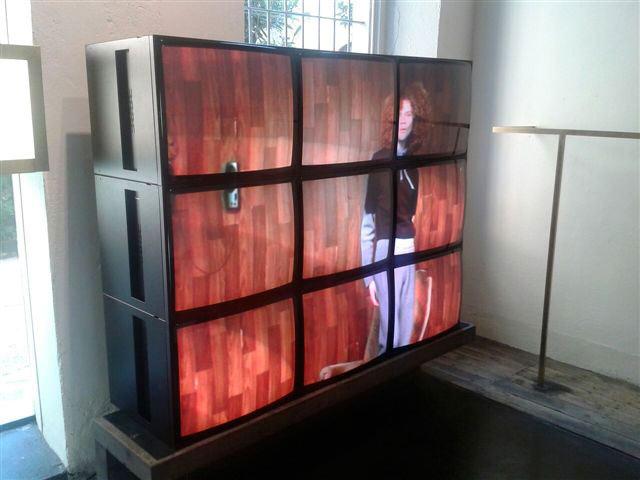 Videowall 3x3 da 28 Pollici
