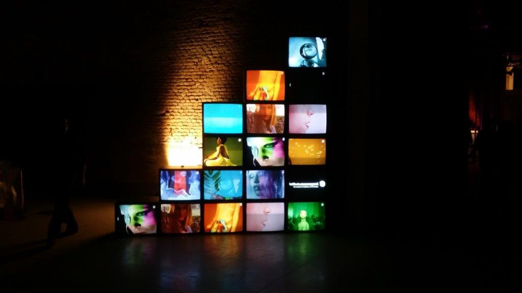 Videowall vintage da 28 Pollici